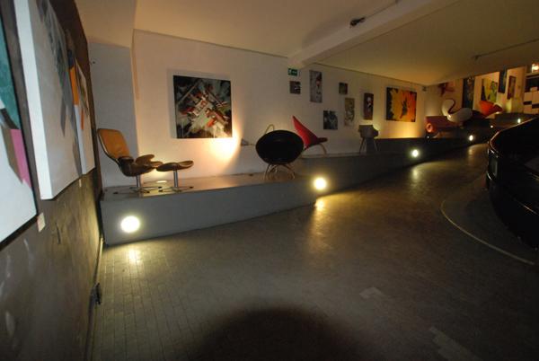 Galleri d arte e design caff letterario for Pultrone arredamenti